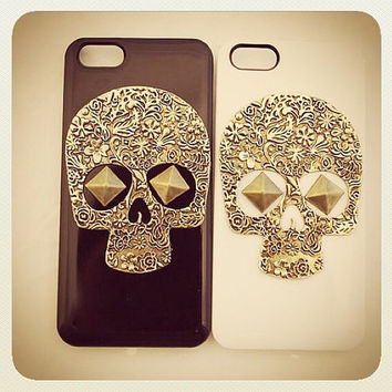 Black White Vintange Bronze Studded Sugar Skull iPhone 5 5S Phone Case