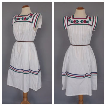 e620c85cdc862 Vintage 1980s Mexican Folk Dress White Cotton Floral Embroidered Boho  Summer Sundress Indie Folk Hippie Peasant