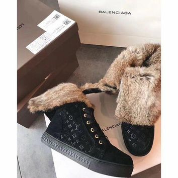 Luxurious Louis Vuitton Lv Winter Sheepskin Black Snow Boots - Beauty Ticks