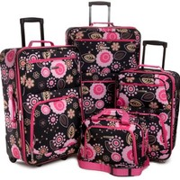 Rockland Luggage 4 Piece Luggage Set