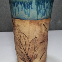 IN STOCK* Stoneware Travel mug / Commuter mug with silicone lid - Coral Blue / leafs