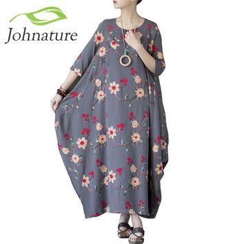 Johnature Women Embroidery Floral Dress Chinese Style 2017 Autumn New Half Sleeve Women Vintage Loose Cotton Long Dress