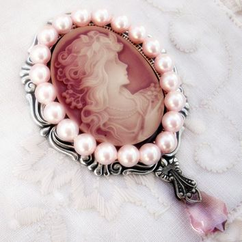 Pink Cameo and Pearls Brooch by Aranwen on Etsy