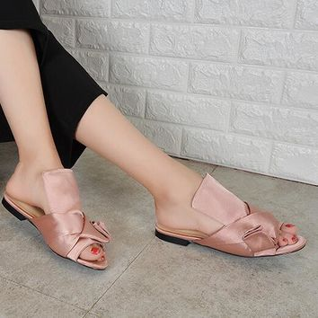 New Summer Stripe Grid Satin Fabric Knot Covered Slipper Sandals Women Peep toe Slingback Low Heels Leisure Street Slide Shoes