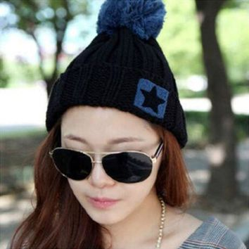 LMF9GW 2016 New Brand Knitted Hat Wool Fashion Winter Women Caps Crochet Hats For Girls Winter Cute Casual Cap Black Warm Beanies