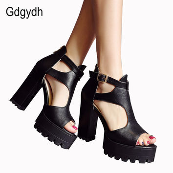 Gdgydh Hot Sale 2017 New Brand High Heels Sandals Summer Platform Sandals for Women Fashion Buckle Thick Heels Shoes Big Size 42