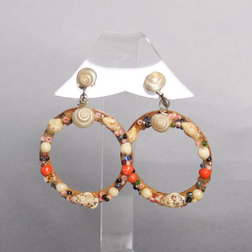 50s Seashell Novelty EARRINGS / Dangly Wood Hoops, Mosaic Bric a Brac