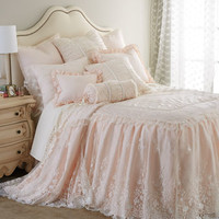 Sweet Dreams Villa Rosa & Queen Anne Lace Bedding