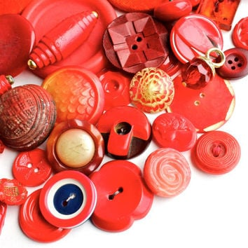 Vintage Red Button Lot - 40 Lucite, Bakelite, Glass, Wood & Velvet Crafting Findings / Bright Cherry Rounds
