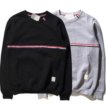The new autumn and winter plus velvet sweater men round neck sets of red and blue ribbon warm jacket cotton tide sweater