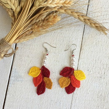 Autumn Leaves Dangle Earrings, Fall Leaves Earrings, Crochet Jewelry, Birthday Gift, Boho Oya Leaf Earring, Pearl Earrings, Anniversary Gift