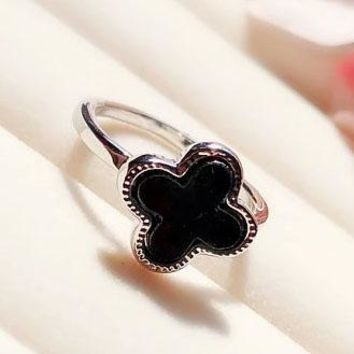 Cartier rose gold lucky four-leaf clover ring female tail ring ring ring black
