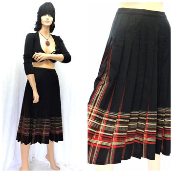 90s grunge Pendleton pleated long skirt S 100% virgin wool long winter skirt black plaid wool maxi skirt size 5  / 6 SunnyBohoVintage