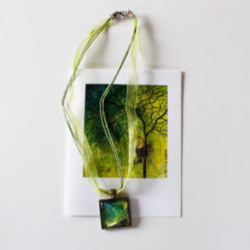 """Green Tree"" Necklace and Card Gift Set"