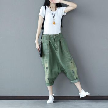 Women Casual Pleated Hole Ripped Bleached Denim Harem Pants Ladies Loose Jeans Denim Harem Trousers Vintage Pockets