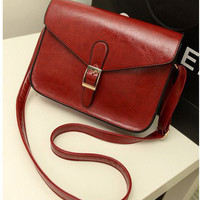 Retro Red Wine Single Buckle shoulder bag