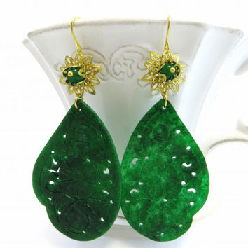 Green carved jade earrings with burma jewels golden flower filigrees gemstone jewels Sofia's Bijoux Made in Italy
