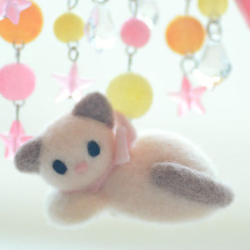 Soft sculpture cat kitten pin, needle felted siamese cat with pink stars, Good Night Kitty Collection