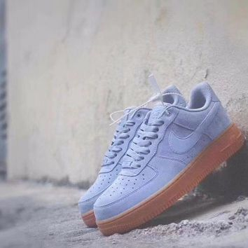 Nike Air Force 1 '07 Suede Low Top AA0287-001