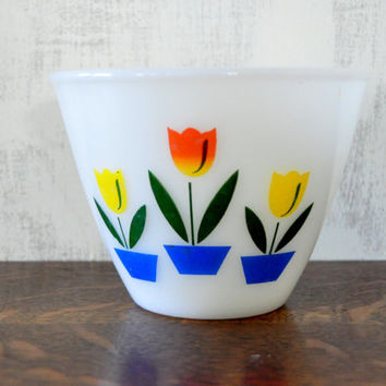 Vintage Fire King Tulip Bowl, Small Size, Splash Proof Mixing Bowl, Milk Glass Bowl