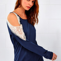Cupshe Center Yourself Off the Shoulder Top