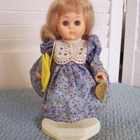 Vintage Vogue Doll Ginny in blue print dress