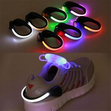 PEAP2Q new arrival 1 pc led luminous shoe clip light night safety warning led bright flash light for shoes protector drop shipping