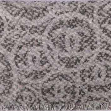 VONE7JZ Chanel Scarf Shawl Poncho Throw Wrap 100% Cashmere Signature Reversible 72 x 200