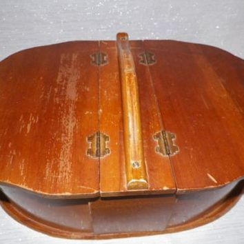 Oval Shaker Style Wooden Sewing Box Vintage