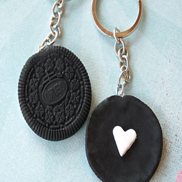 oreo cookies friendship keychain