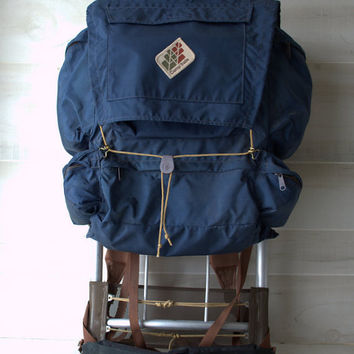 Vintage 550-M Skyline Camp Trails Backpack on Frame