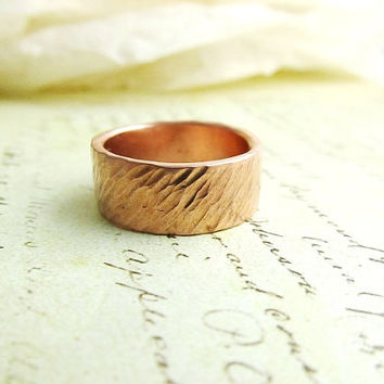 Men's Wedding Band,14k Rose Gold Ring, Rustic, Hammered Metalwork Jewelry, 8mm