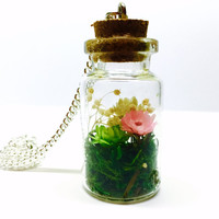 Terrarium Necklace, Terrarium Pendant, Flower Terrarium, Terrarium Jewelry, Dried Flowers, Real Preserved Moss, Glass Bottle Terrarium, Boho