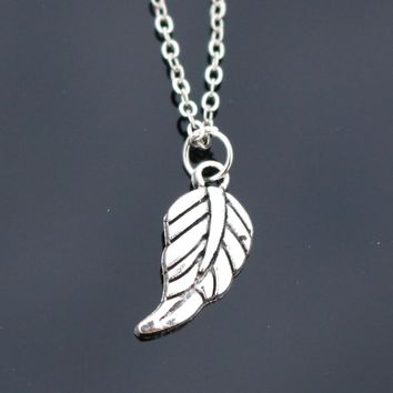 N816 Feather Pendant Necklace Clavicle Leaves Necklaces Bijoux Collares For Women Men Fashion Jewelry Best