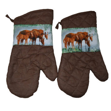 Horse Oven Mitts, Set of 2, Gift for Her, Kitchen Accessory, Animal Lover, Horse Lover, Floral, Hostess Gift, Kitchen Decor, Equestrian