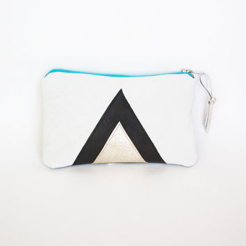 White Leather Purse // Art Deco // Zipper Coin Pouch // Iphone Bag // Holographic Black Geometrics // Valentine Day's Gift