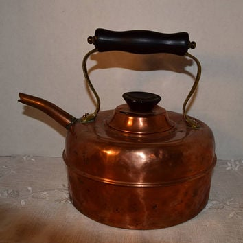 Copper Tea Kettle Vintage Made in England Copper Tea Pot Black Knob Handle Farmhouse Kitchen Copper Kitchen English Coffee Pot
