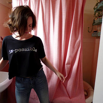 im·possible T-shirt girlfriend fit: black holographic
