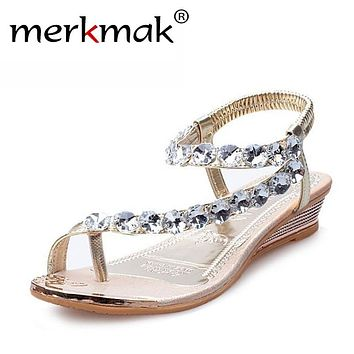Merkmak 2017 New Sweet Crystal Rhinestone Summer Sandals Women Gladiato Sandals Bohemia Beaded Flats Soft Platform Shoes WS190