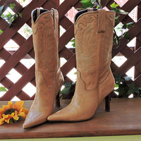 Vintage Charlie Horse boots / size 7B / tan high heel cowboy boots / tan leather western boots / Brazilian leather boots / SunnybohoVintage