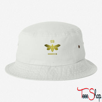 bee breaking bad bucket hat