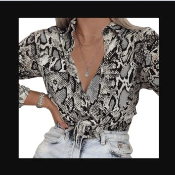 New single-breasted lapel shirt with long serpentine pattern