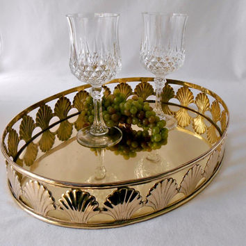 Vintage Large Brass Barware Tray, Cocktail Tray, Seashore Scallop Shell Brass Tray, Oval Brass Serving Tray, Mother's Day Gift