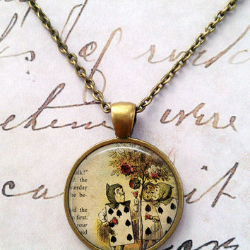 Alice In Wonderland Necklace, Queen of Hearts, Glass Necklace, Wonderland, Steampunk, Once Upon a Time T596