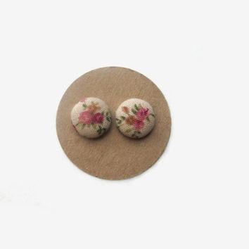 Beige Vintage Floral Button Earrings // Vintage Fabric // Vintage Inspired // Floral Earrings // Fall // Vintage Floral //Floral Accessories