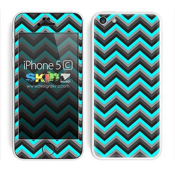 Turquoise and Black Chevron Pattern V2 Skin For The iPhone 5c