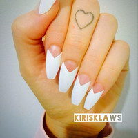 x White V tips x kylie jenner inspired white and negative space new french tip nails