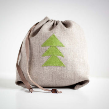 Christmas ornament gift bag in gray linen with christmas ornament