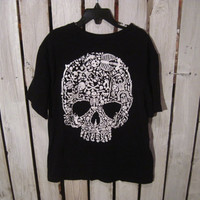 Kids Skull T-Shirt, Size M (7-8), Very Cool Shirt for Your Little Rocker!