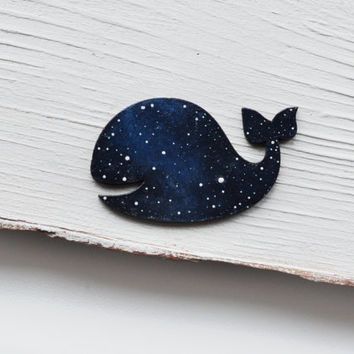 Whale brooch Wooden brooch whale Blue whale pin Fish brooch Gift for her Cosmic jewellery Ocean jewelry Sea blue brooch Galaxy jewelry Space